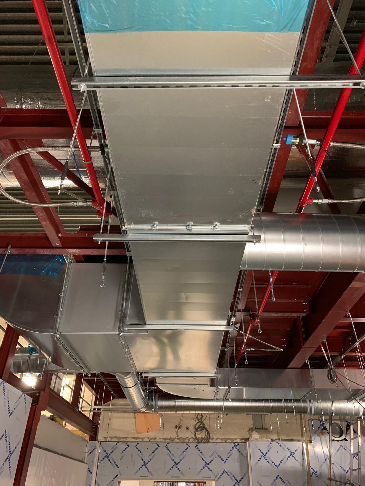 Industriële ventilatie plaatsing